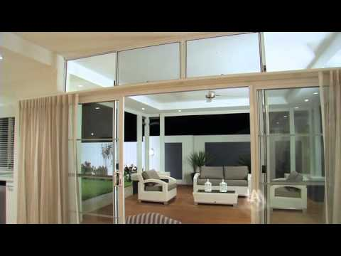 Country Builders display Home Lamont