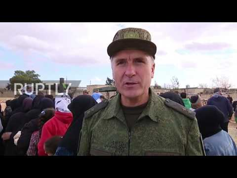 Syria: Residents from liberated eastern Aleppo districts receive 150 tonnes of Russian aid