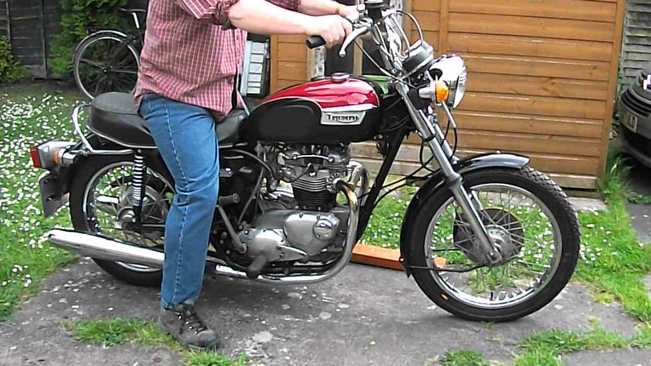 How To Start A Triumph Bonneville Tiger 750 T140 Or Tr7v Youtube Wiring Harness For 1971 Motorcycle