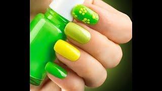 видео Яркий маникюр на лето – радужный дизайн на ваших ногтях
