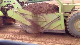 Repeat youtube video Terex scraper self loading shale