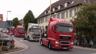 Hochzeitskonvoi mit 68 LKW Teil 1