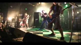 COCOBAT LIVE@CYCLONE 2010 11 19+ pt1