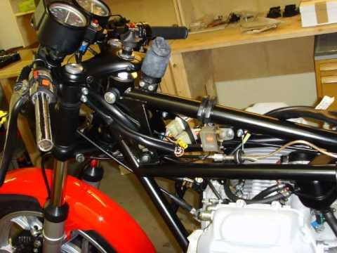 total restoration moto guzzi le mans 1 by urs youtube. Black Bedroom Furniture Sets. Home Design Ideas