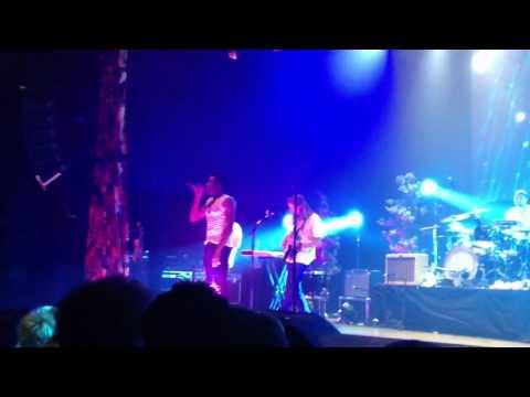 Childish Gambino - All the Shine (Live)
