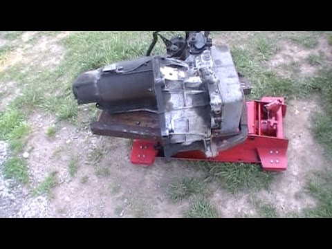 RARE VIDEO...Ford Taurus -2001 3.0 Transmission drop and dropping the Engine Cradle Process