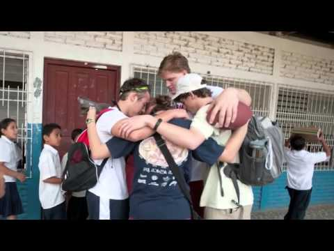 Barrett Jones uses football to share Christ