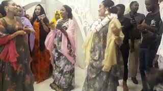 Asma Love   Asma Saban Iyo Hodan Abdi African Dance Showgii Borama