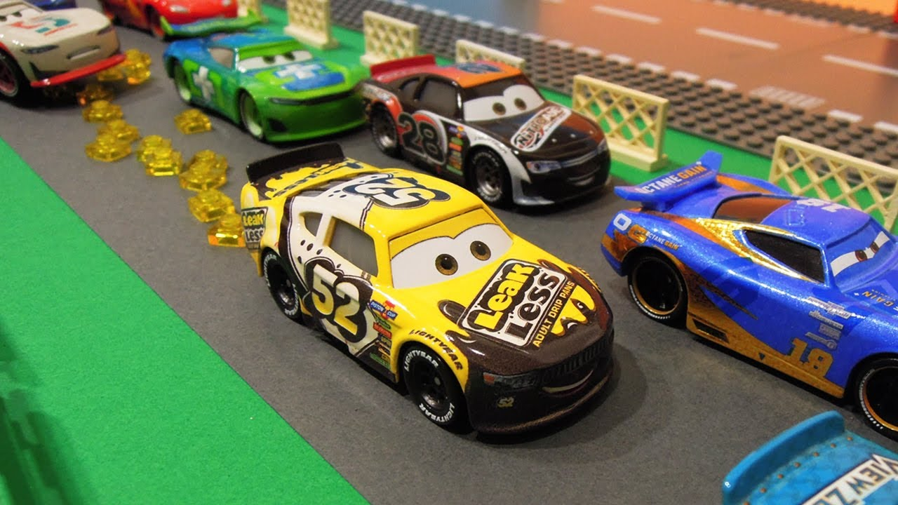 Download Oily Piston Cup racing - Pixar Cars StopMotion