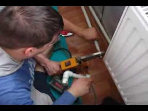 Как утеплить балкон/квартиру/дом. Как установить  батарею и паять пластиковые трубы