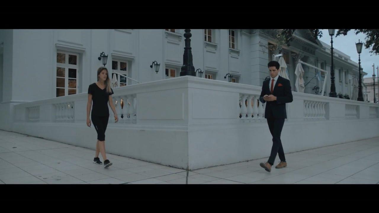 Pijama - Aventura (Video Oficial) ft. Vale Olguin