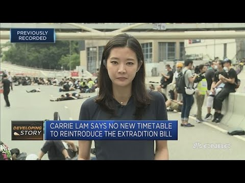 Hong Kong protesters carry on with demonstrations | Street Signs Asia