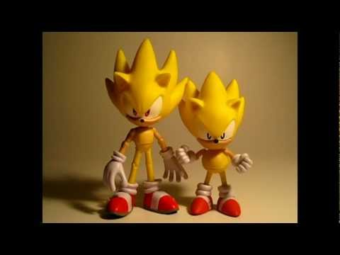 Jazwares' Sonic 20th Anniversary Thru Time: Super Sonic (Classic&Modern) 5-Inch 2-Pack Review