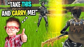 GIRL SKULL TROOPER CARRIES NICEST KID ON FORTNITE! (He gave me a GOLD SCAR!)