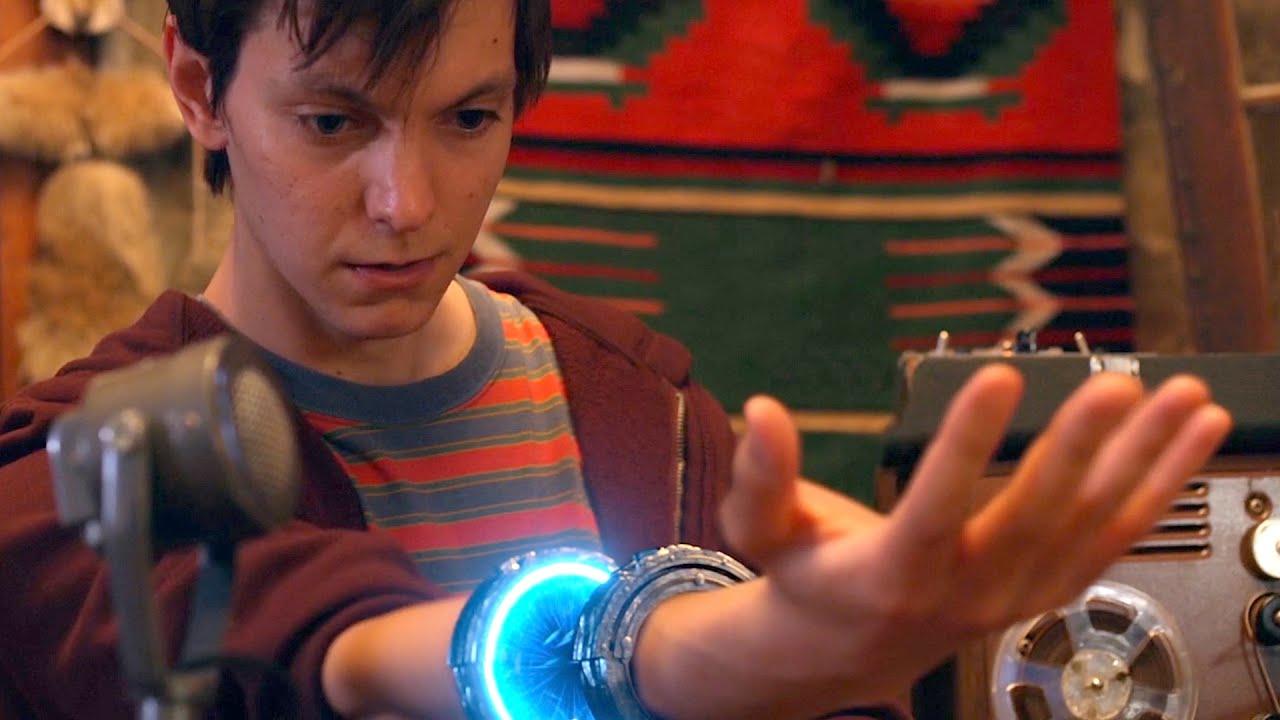 【谷阿莫】突然把電視看到不見,竟是蘿體外星人偷偷打開他身體害的2020《無限接近》