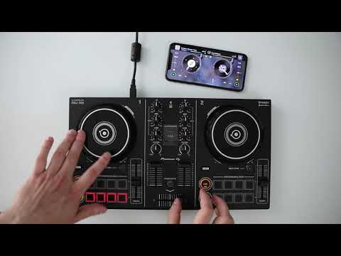 Pioneer DJ DDJ-200 with djay by Algoriddim ★ Wireless Scratch Session