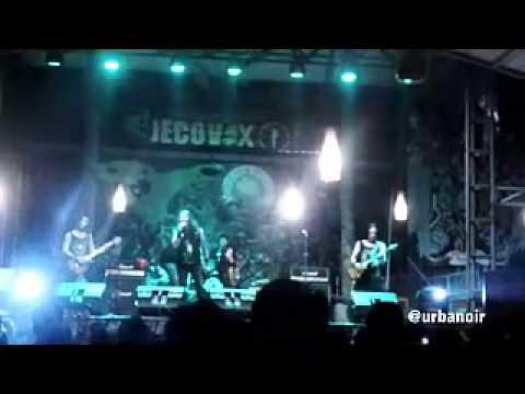 JECOVOX   SANG SAKA MERAH PUTIH  album THE MOON
