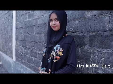 Outer Batik Dengan Motif Unik Bikin Kamu Tampil Makin Cantik! trend fashion 2018 paling diminati Mp3