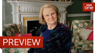 Maggie Smith - What's in the Bag - Tracey Ullman's Show: Series 2 - Episode 2 Preview - BBC One