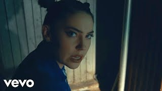 Скачать Bishop Briggs White Flag