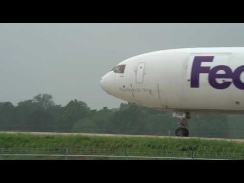 Memphis airplane spotting FedEx