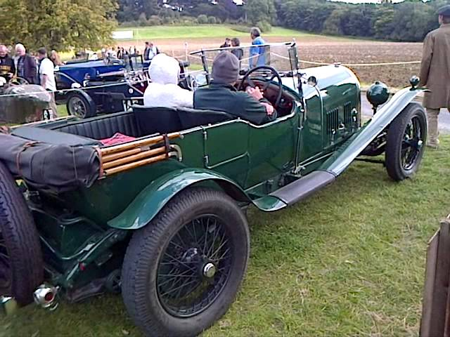 Bentley 3 Litre, leaving Syston Park Speed Trials