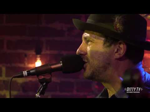 """Will Hoge performs """"Still a Southern Man"""" at DittyTV"""