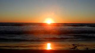 "Manhattan Beach, California ""Ocean Waves Crashing with Sunset"" ""Relaxation Meditation"""