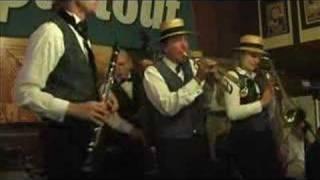 Way Down Yonder in New Orleans - Dixieland Crackerjacks