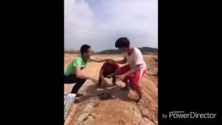 Funny Chinese videos   Prank chinese 2017 #1 can t stop laugh  new videos