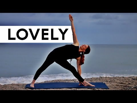 Total Body Yoga Workout (Glowing Vinyasa)