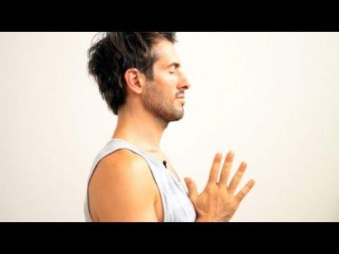 Total Body Yoga Vinyasa Flow Workout Stretch & Strengthen  I Yoga With Tim