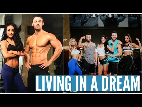 LIVING IN A DREAM: DAY 2 AT BBCOM     2017 Bodybuilding.com Spokesmodel Search Series