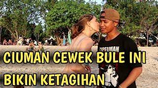 DI CIUM SAMA CEWEK BULE? INI CARANYA, KISS OR SLAP CHALLENGE PRANK INDONESIA