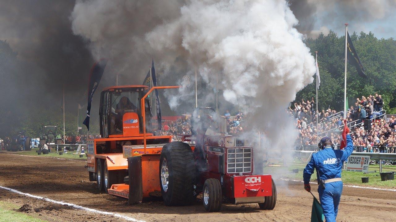 Diesel Geweld En Rook In Eext Bij Tractorpulling  Prostocks Trekkerweb