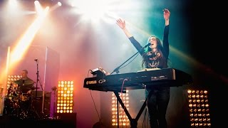 In the Presence of Angels - Laura Hackett Park (Live)
