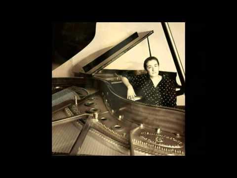 F.Chopin - Concerto in mi min. n.1 op.11 per pf. e orch - Laura De fusco pf.Antonio Maione dir.