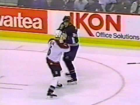 Wade Belak vs Chris McAllister Dec 29, 1998