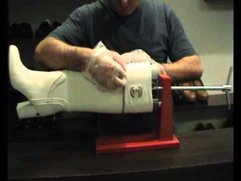 купить приспособления для растяжки голенища сапога