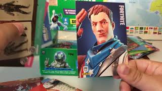 30 Packs FORTNITE PANINI CARDS Opening | really sick cards