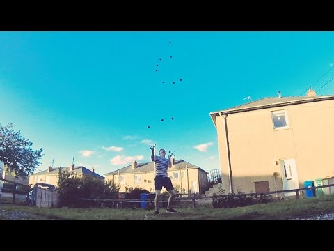 Luke Davies 9,10,11 & 12 ball juggling