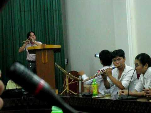 Xuan ve ban Meo - Anh Bui Cong Thuyen & Anh Tho Dieu