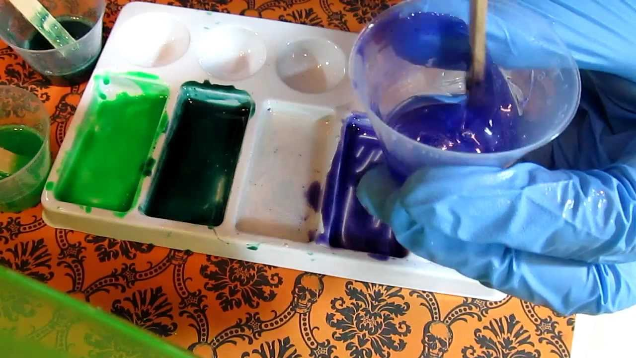 Mixing powder pigments into resin (how to) - YouTube