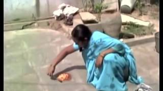 Shocking! Woman cooks eggs on floor in Telangana,India as heatwave intensifies | Bizzare & Hot.
