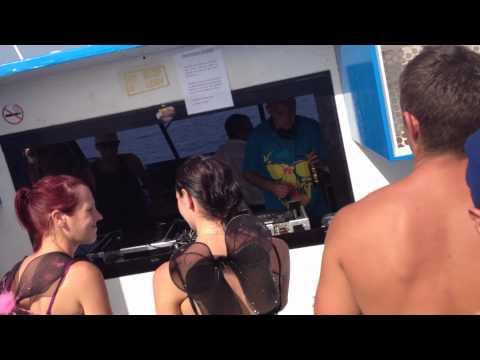 Logan D B2B Majistrate Sunbeatz 2012 Boat Party Part 3