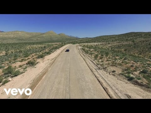 Lucas Hoge - Boom Boom (Official Music Video)