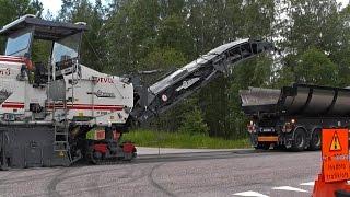Wirtgen W2000 Cold Planer & Scania Trucks & Ahlmann AS 90