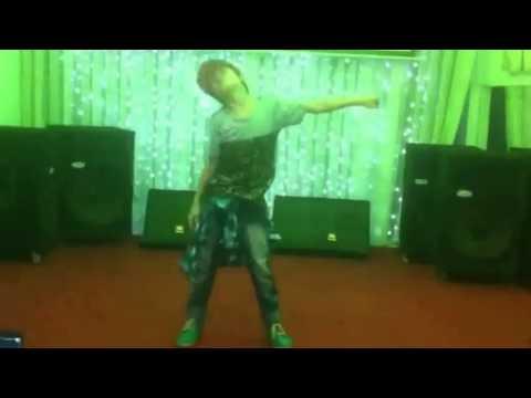 Bay (Hoài Nam HKT-M) solo dance