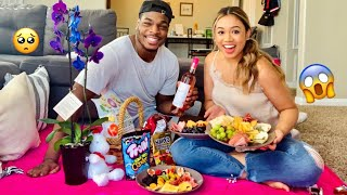 SURPRISING MY GIRLFRIEND WITH AN INDOOR PICNIC!!!