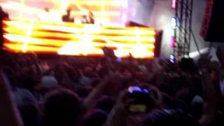 Rusko -  COCKNEY THUG Massive Dubstep @ Lollapalooza 2010
